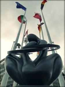parlament ue rzeźba