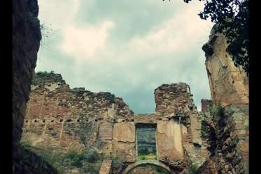 ruiny Escaledi