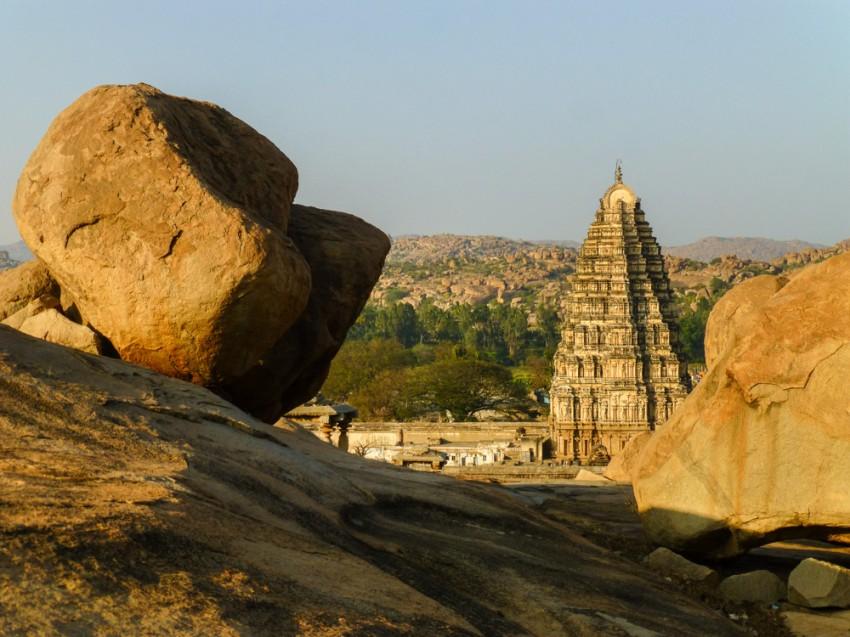 Świątynie Virupaksha, wysoka na 50 metrów
