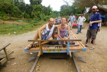 bambusoway pociag kambodza