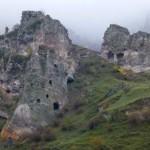 Pozostałości skalnego miasta - Goris
