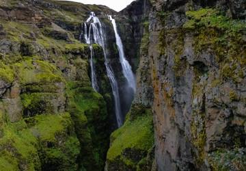 A ten to nie byle pierwszy lepszy wodospad. Jest najwzyższy, 200 metrowy, na całej Islandii - to Glymur.