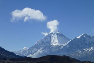 trekking himalaje gory