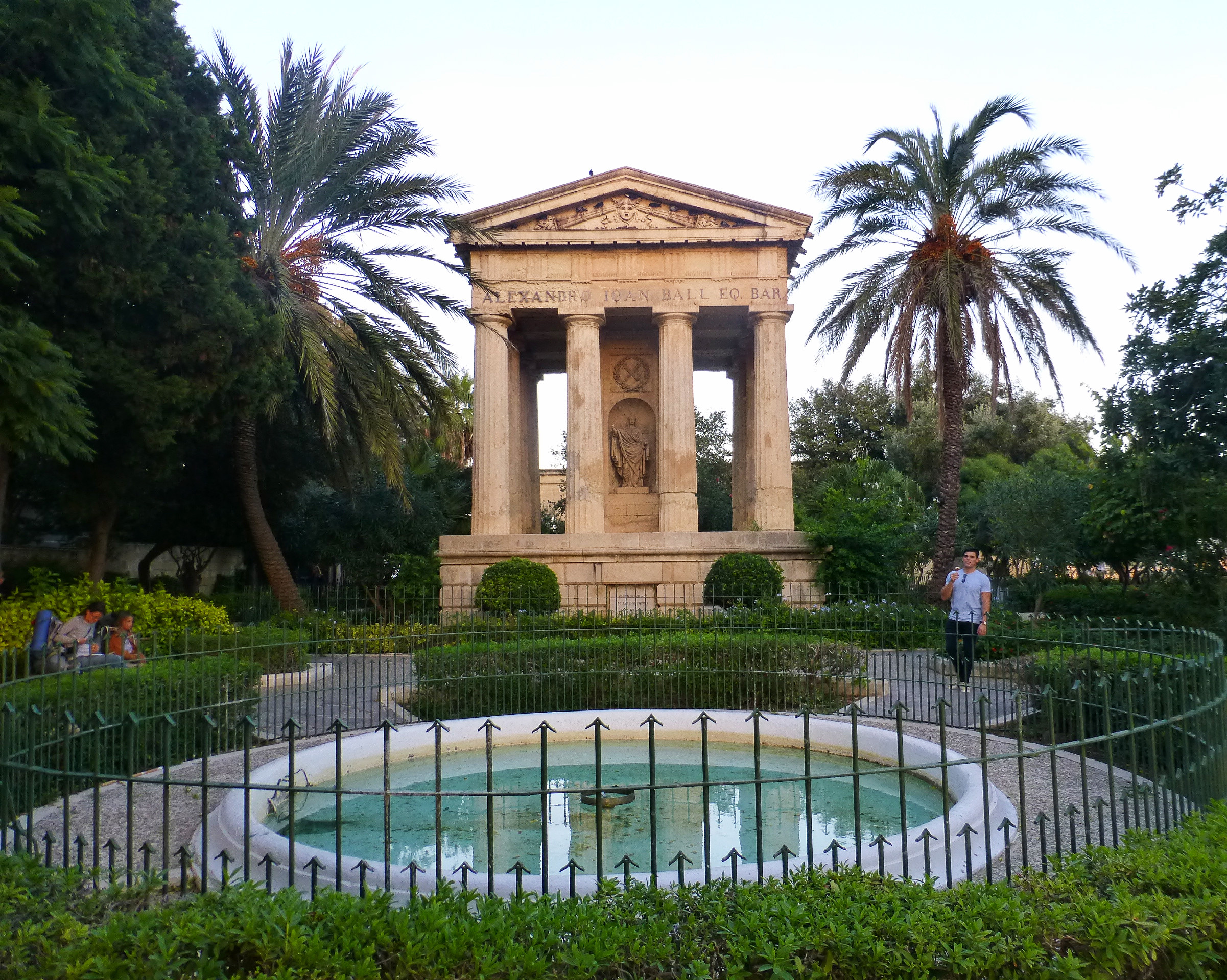 upper gardens velletta